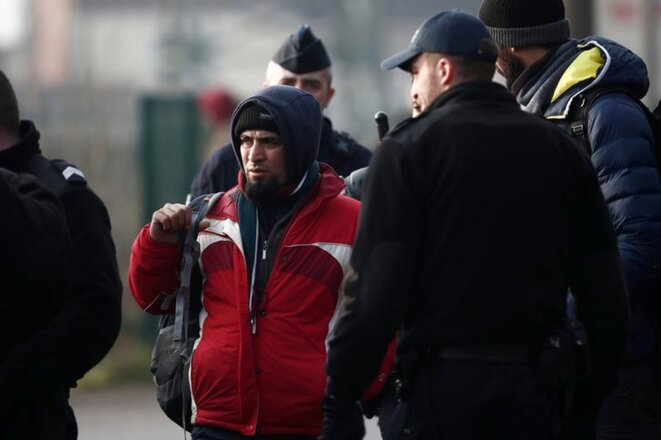 Après le démantèlement d'un camp près du port de Calais, le 21 février 2019. © Reuters