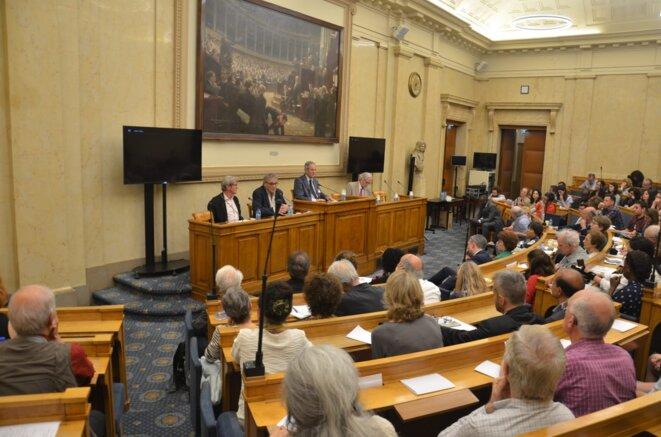 © Assemblée Nationale -Débat  Guerres humanitaires, droit international, menaces actuelles-Bernard Kouchner, Rony Brauman, Daniel LAGOT