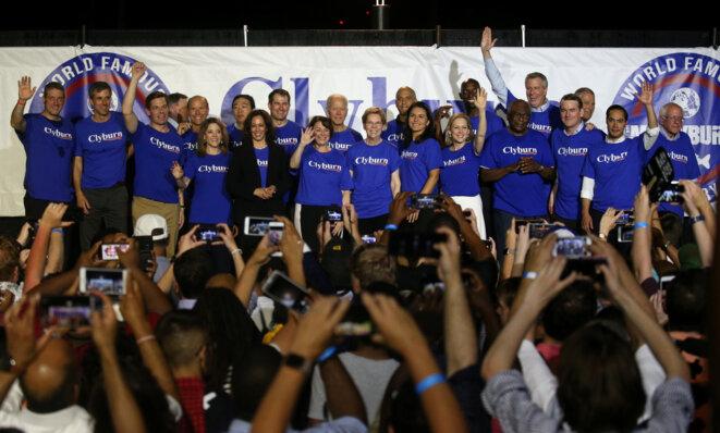 La plupart des candidats démocrates, en Caroline du Sud, le 21 janvier 2019. © Reuters