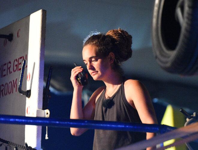 Carola Rackete, la capitaine du « Sea-Watch 3 », juste avant son arrestation à Lampedusa. © Reuters