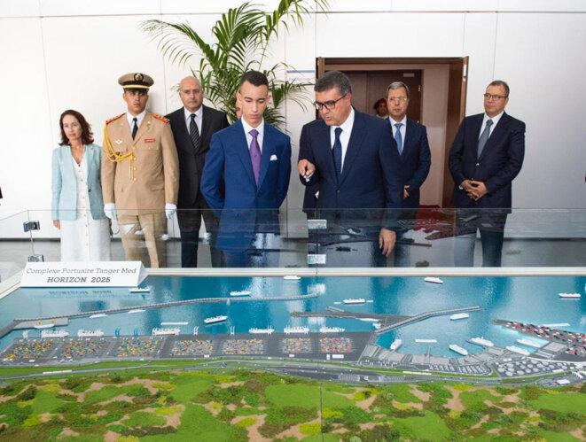 La cérémonie d'inauguration du port par le prince héritier du Maroc Moulay El Hassan