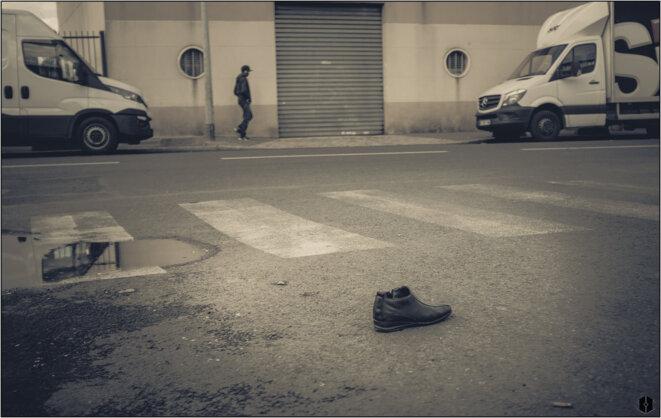 Chaussure errante © Hashka