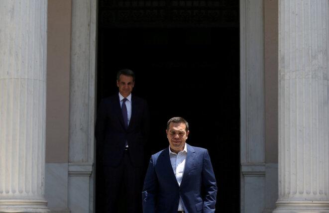 La rencontre entre le nouveau premier ministre grec Kyriakos Mitsotakis et Alexis Tsipras, le 8 juillet à Athènes © Reuters