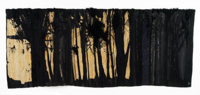 Maureen Hodge, Grande-Bretagne (1941) Bois d'hiver (Winterwood), 1965 Haute lisse, laine, lin, jute, 175 x 460 cm Atelier de l'artiste 2e Biennale de Lausanne, 1965 © Collection de l'artiste Photo : Maureen Hodge