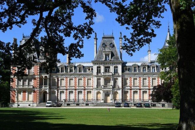 chateau-de-la-charbonniere-a-saint-jean-de-braye-exterieur-4386739