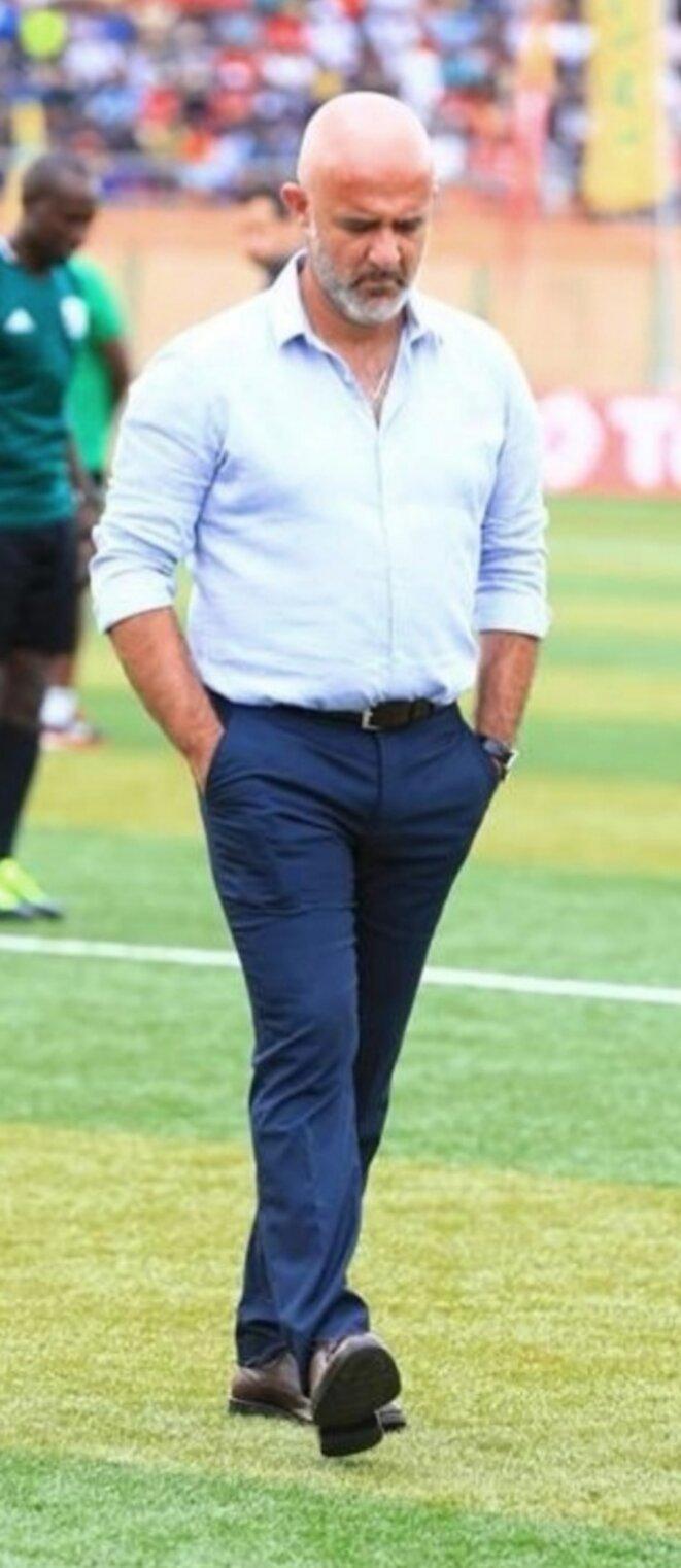 Nicolas Dupuis deviendra une légende du football malgache, grâce à la mobilisation et à l'intégration des joueurs ayant des racines malgaches, il a pu constituer une équipe qui a fait trembler l'Afrique. Bravo N.Dupont