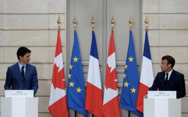Justin Trudeau et Emmanuel Macron. © Reuters