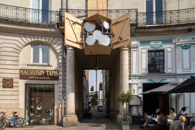 Human Clock - Malachi Farrell, Constantin Leu, Ludovic Nobileau, Le Voyage à Nantes 2019 © Martin Argyroglo _ Lvan