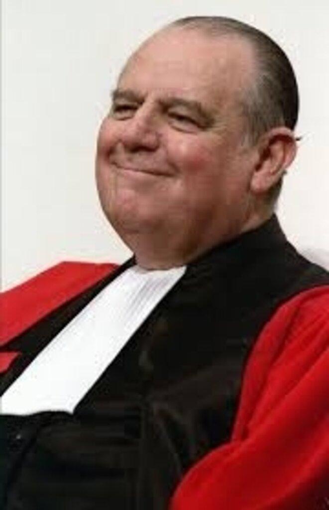 barre-juge