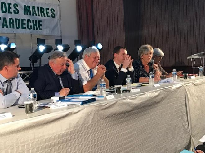 Gérard Larcher présent lors du 24ème congrés des maires ruraux d'Ardèche © http://www.jacquesgenest.fr