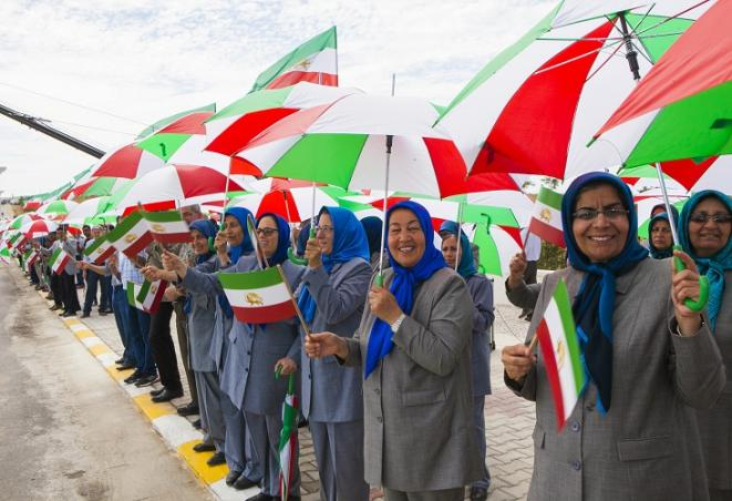 Les habitantes d'Achraf-3 déterminées à renverser la dictature en Iran