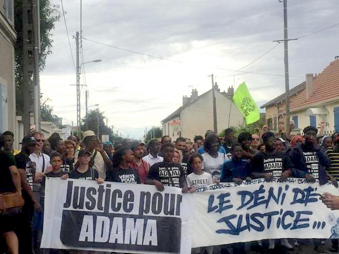 Lors de la marche pour Adama, samedi 20 juillet. © RS