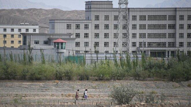 Un établissement qui serait un camp d'internement situé au nord de Kashgar, dans la région autonome du Xinjiang, le 2 juin 2019.