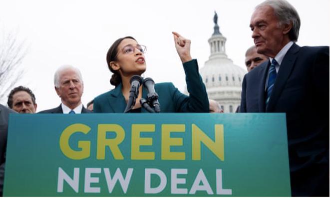 AOC présente le Green New Deal. © DR