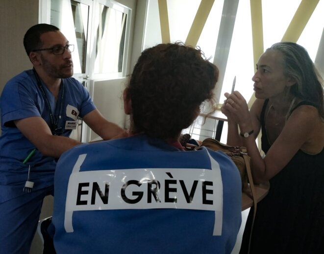 Service des urgences, hôpital public de Melun, samedi 6 juillet 2019 15h00