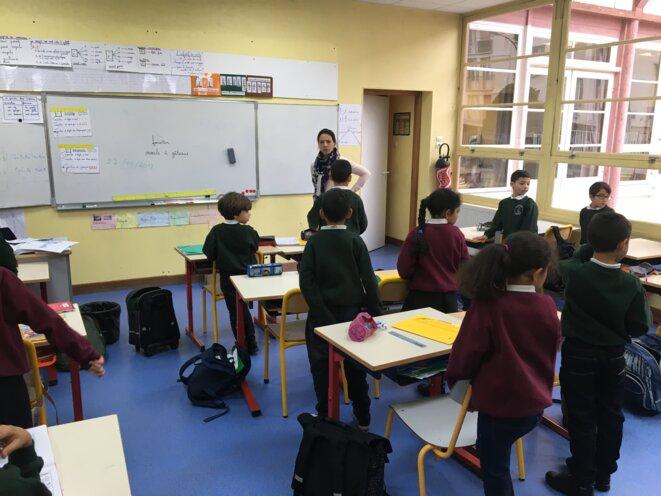 Dans l'une des salles de classe du Cours Charlemagne à Argenteuil. © FZ