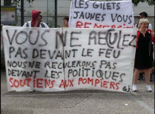 Le 20 juillet à Rennes, soutien aux personnels des urgences et pompiers