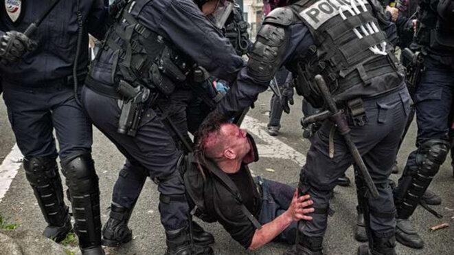 brutal-represion