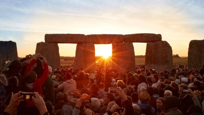 Le solstice de Stonehenge