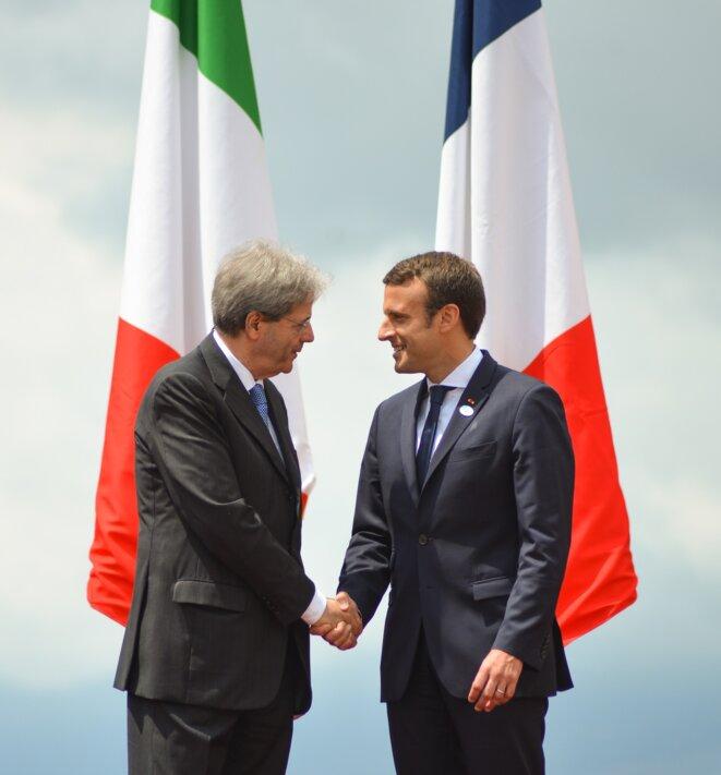 Illustration : Paolo Gentiloni (parti démocrate, président du conseil italien en 2017) et Emmanuel Macron. © CC, organisation du G7 en Italie 2017