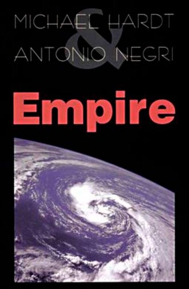 Couverture de la première édition (en anglais) du livre de Michael Hardt et Toni Negri en 2000. Source: Wikimedia Commons.