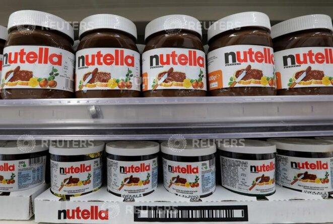 Des pots de Nutella dans un supermarché de Nice. © Reuters