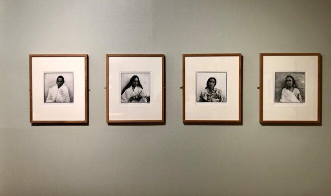 Marc GARANGER, Femmes algériennes, 1960, Tirage sur papier au gélatino-bromure d'argent, Chalon-sur- Saône, Musée Nicéphore Niépce © Guillaume Lasserre
