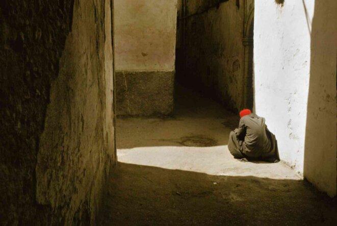 Harry Gruyaert, MOROCCO. Essaouira Remparts et murs fortifiés 1976 © Harry Gruyaert/Magnum Photos