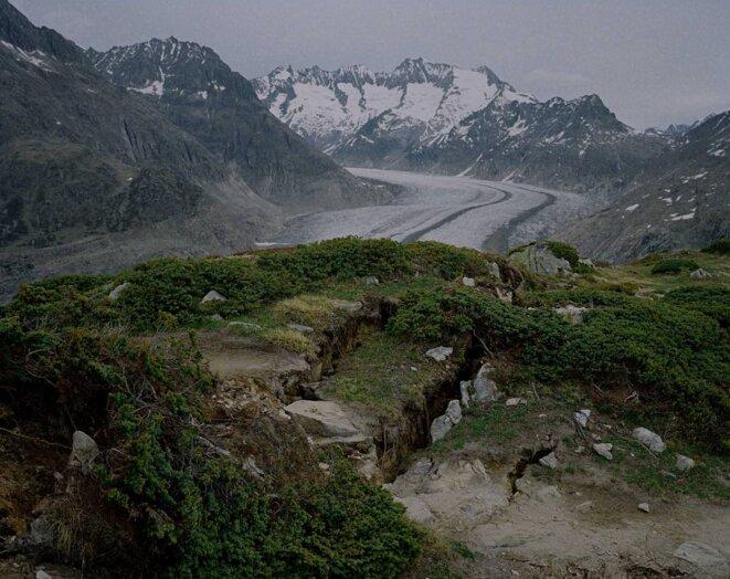 "Yann Mingard, Sans titre, chapitre ""Great Aletsch Glacier"", Great Aletsch Glacier, Moosfluh, Suisse, 2017 © Yann Mingard /Courtesy Parrotta Contemporary Art"
