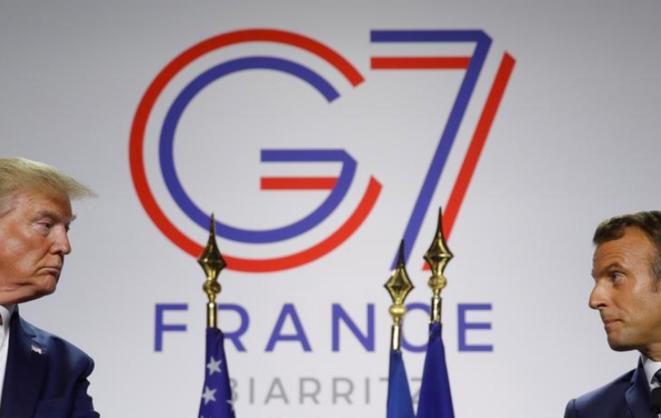 Donald Trump et Emmanuel Macron à Biarritz, le 26 août. © Reuters