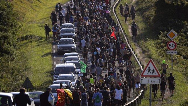 La marche contre G7 à Urrugne le 23 août 2019