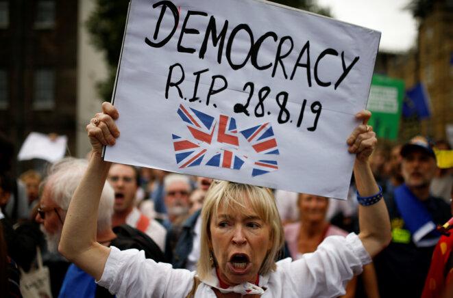 Rassemblement le 28 août, après les annonces de Boris Johnson. © Reuters