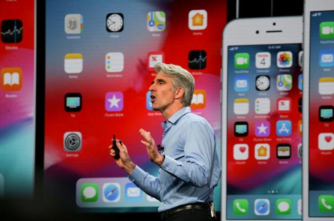 Craig Federighi, vice-président senior de l'ingénierie logicielle chez Apple, le 4 juin 2018. © Reuters