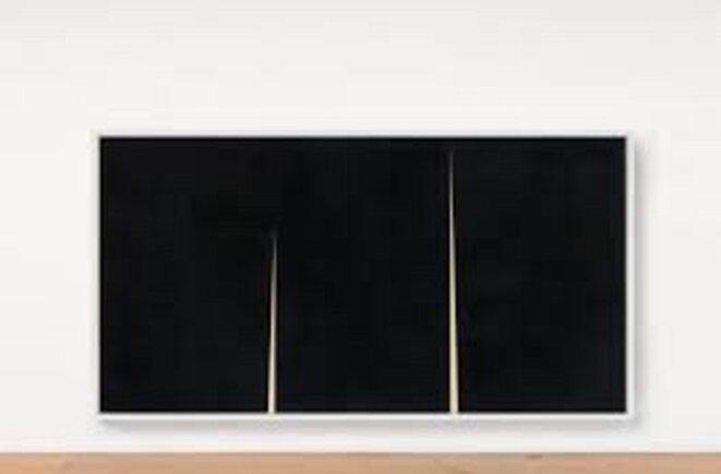"Richard Serra, ""Double Rift IV"", Work on Paper Paintstik and silica on handmade paper, 3 panels 238.1 x 457.2 cm, Gemini G.E.L. © Richard Serra"