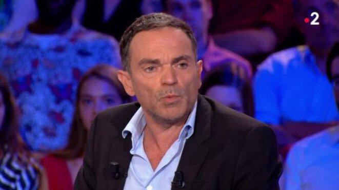 Yann Moix sur le plateau d'« On n'est pas couché », le 31 août. © Capture d'écran France 2.