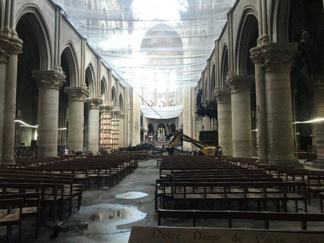 Notre-Dame de Paris après l'incendie du 15 avril, juin 2019.