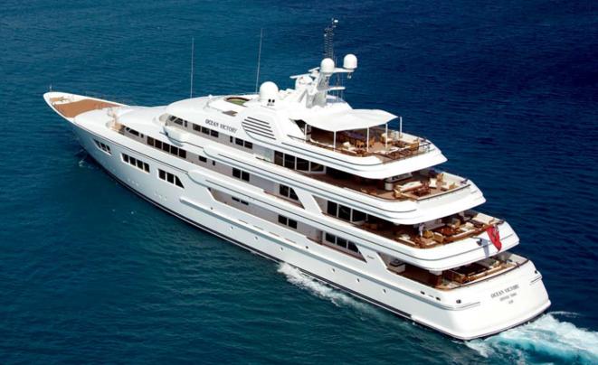 yacht-en-mer
