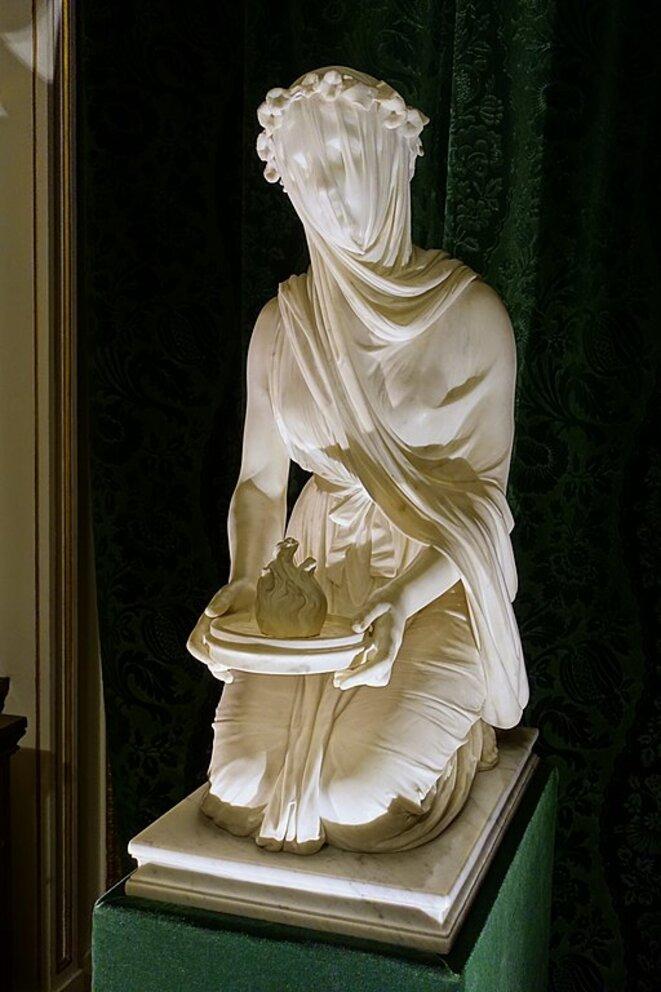 Veiled vestal © Raffaelle Monti
