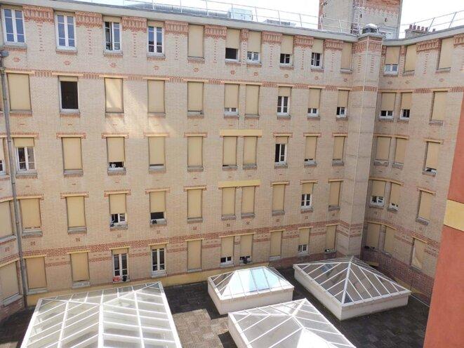 Cour intérieure du Palais © zazaz