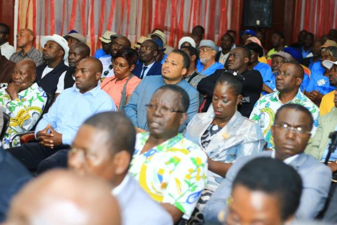 Gabon -  2ème journée de la tournée de Brice LACCRUCHE ALIHANGA à Port-gentil