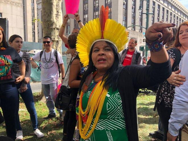 Sonia Guajajara, activiste autochtone au Brésil, à New York, le 20 septembre. © Mathieu Magnaudeix