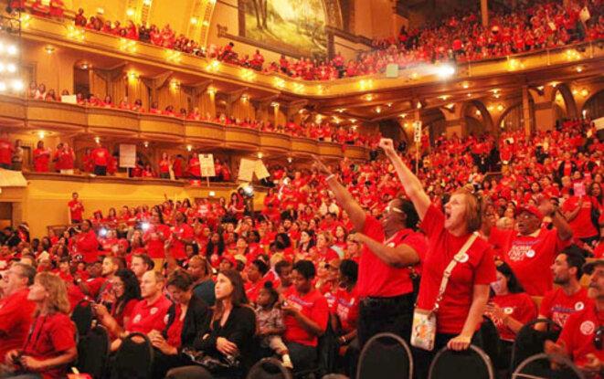 Rassemblement de 7000 enseignants avant la grève en 2012 © Howard Heath