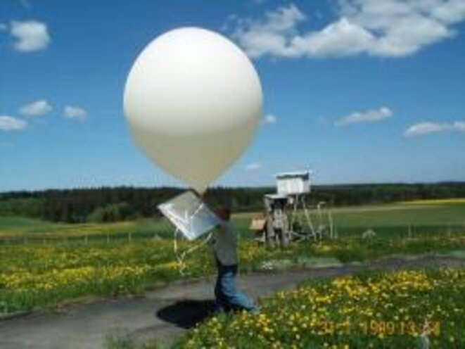 ballon-radiosonde-f