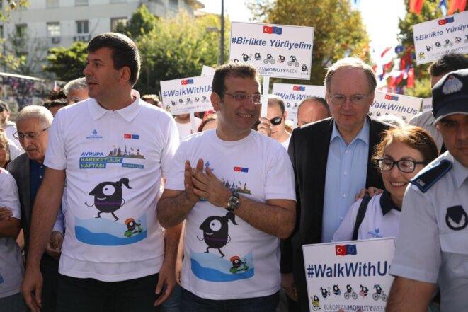 Ekrem Imamoglu lors d'une marche organisée dans le cadre de la Semaine européenne du mouvement, le 22 septembre. © DR