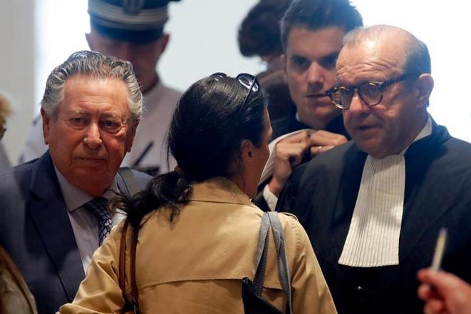 Claude Griscelli, professeur de médecine et Herve Temime, avocat du laboratoire Servier, le 23 septembre 2019. © Reuters
