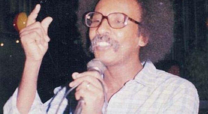 Le chanteur Mustapha Saïd Ahmed / image tirée du site Khartoum-Star https://khartoumstar.com/2019/01/17/مصطفى-سيد-أحمد-ذكرى-الرحيل-المر/