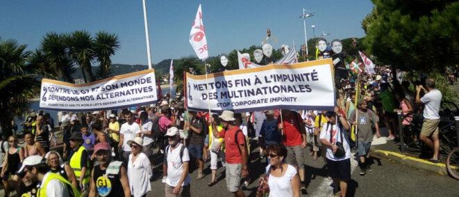 Bloquer les multinationales pour mettre fin à leur impunité