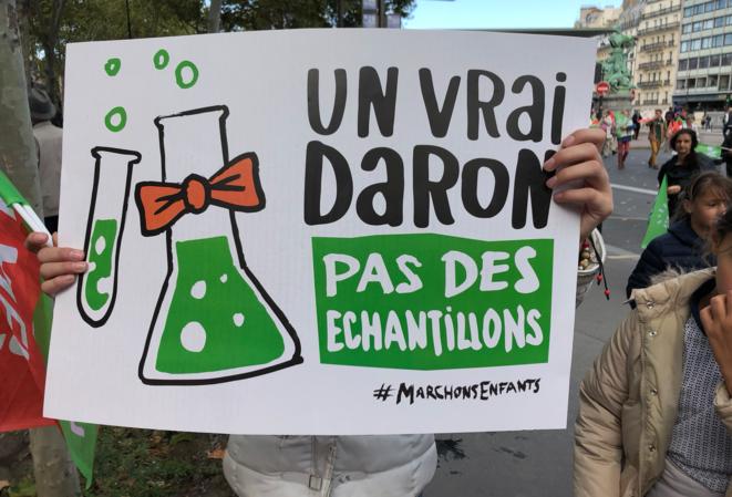 Pancarte de la manifestation anti-PMA. © LD