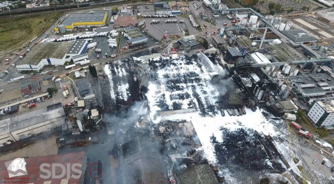 Une vue aérienne de l'usine Lubrizol. © Sdis 76