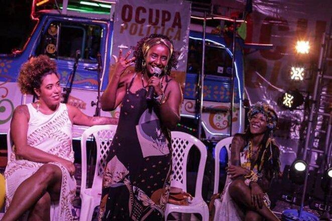 (de gauche à droite) Taliria Petrone députée fédérale, Andreia de Jesus, députée régionale de l'État du Minas Gerais, Avelin Buniaca, figure du mouvement indigène © Ocupa Politica